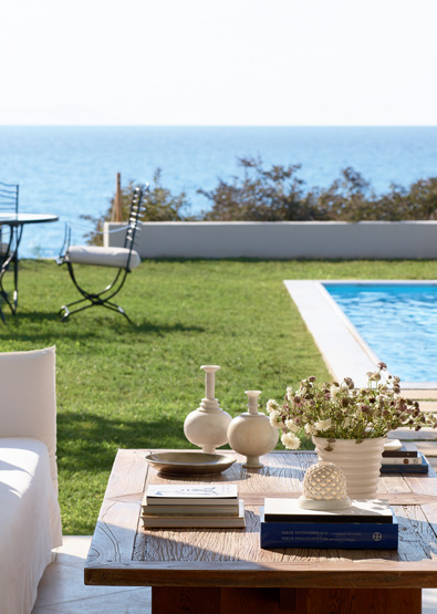 presidential-beach-residence-private-pool-mandola-rosa